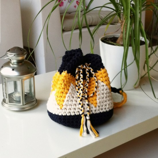 Ethnic-bag_bettaknit_tricotriu