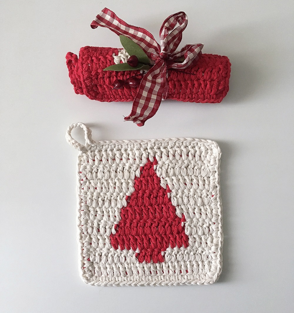 Christmas crochet pot holders in cotton with Xmas Tree_bettaknit
